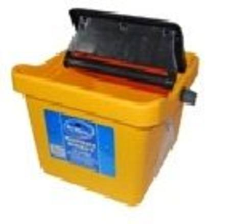 Buy BUCKET - 16 LITRE MOPMAX STEP WRINGER in NZ.